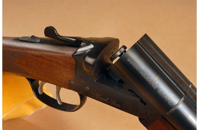 371.450 Coach Gun mit innenliegenden Hähnen Wells & Fargo I